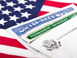 U.S. Green Cards and Work Visas: Who Qualifies?