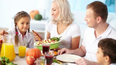 8 Tips to Start a Conversation with Your Family