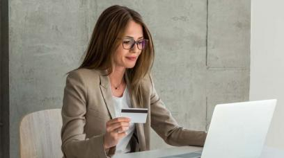 10 Advantages of Having a Business Credit Card