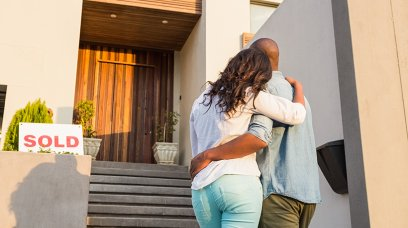 Should You Hire an Attorney When You Buy or Sell a Home?