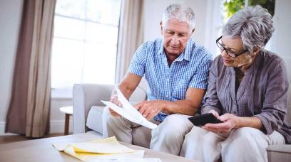 What Is the Difference Between an Estate Executor and a Trustee?