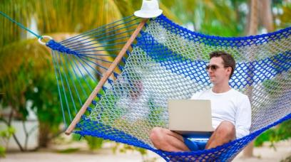 7 Tips for Managing Your Business While on Vacation